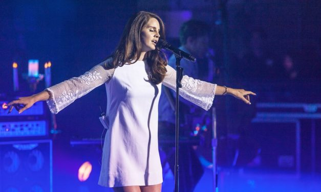 Exploring the Artistry and Controversy of Singer-Songwriter Lana Del Rey
